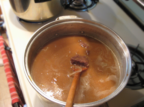 Gingersnap Sauce in Sour Beef