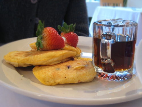Breakfast at the Carmel Cove Inn, Deep Creek Lake 2