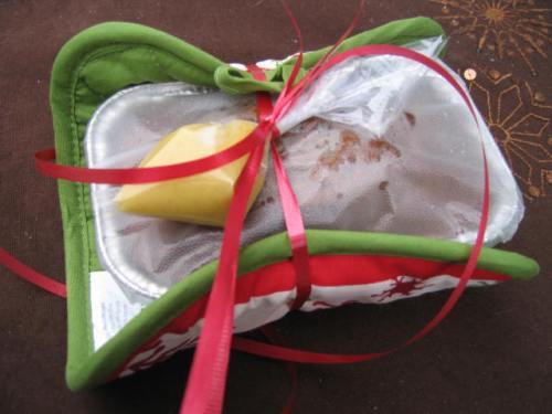 Creative Way to Wrap Bread