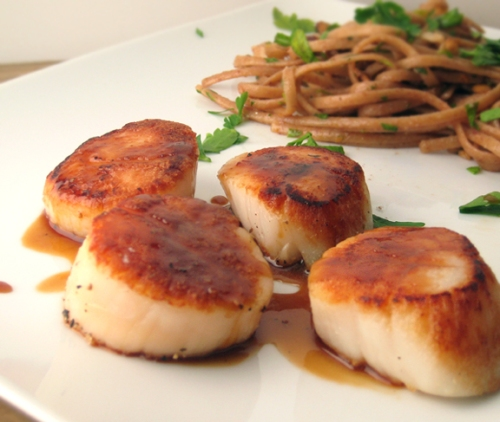 Scallops with Orange Caramel Sauce